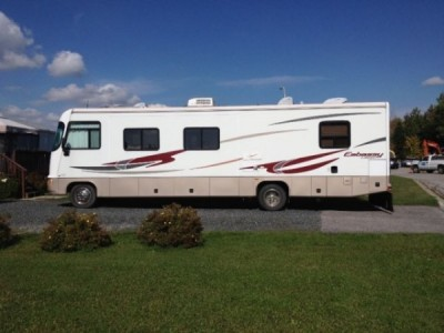 2005 Triple E Embassy 34Ft