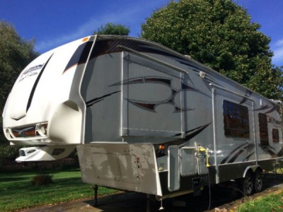 2009 Keystone Fuzion 302 Touring Edition