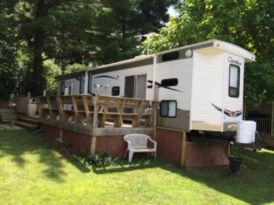2011 Forest River Cherokee Park Model 39Ft