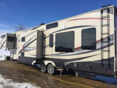 2014 Grand Design Momentum 385TH Toy Hauler
