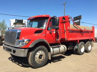 2013 International 7400 Tandem Axle Dump