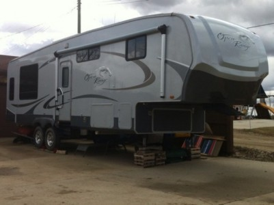 2009 Open Range 326RLS 33-Foot