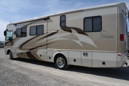 2008 National Dolphin 34DB