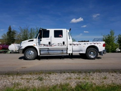 2005 International 4300 Crew Cab