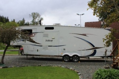 2011 Forest River Wildcat 34FLR