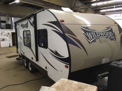 2016 Forest River Wildwood XLite 24Ft