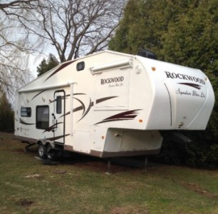 2010 Rockwood Signature Ultralight 8280WS