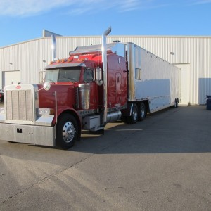 2005 Peterbilt + 1998 Competition Trailer