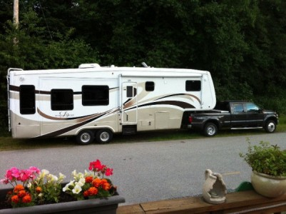 2007 DRV Mobile Suites 32TKS