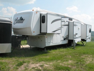2009 Forest River Cardinal 34RL