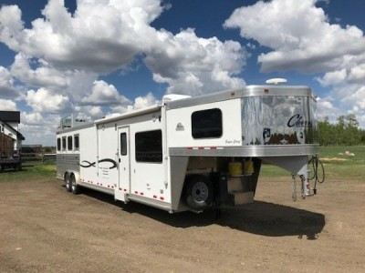 2015 Cherokee Super Chief 4 Horse LQ