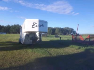 2013 Bison Trail Hand 3 Horse LQ