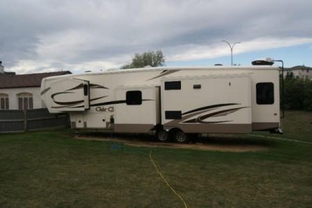 2017 Cedar Creek Silverado 37MBH