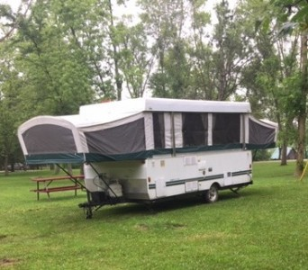 2003 Fleetwood Redwood 19Ft