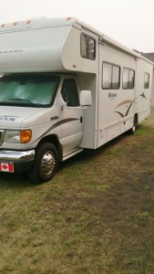 2006 Winnebago Outlook 32Ft