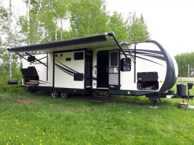 2015 Forest River Solaire 33Ft