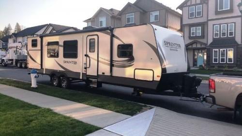 2018 Keystone Sprinter 33BH Campfire Edition