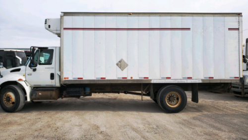 2007  International  4300 Reefer Box