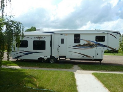 2012 Heartland  Big Horn 3610RE