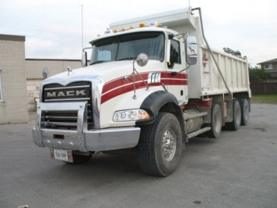 2008 MAC Granite Tri Axel Dump Truck