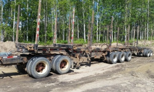 1999 Doepker Super B Log Trailer