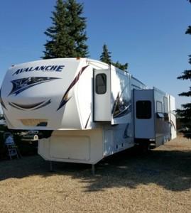 2013 Keystone Avalanche 341TG