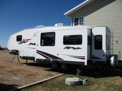 2008 Pilgrim Legends 28RLS