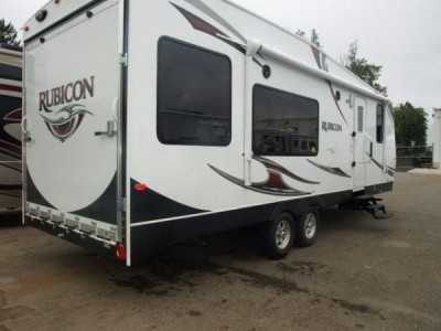2012 Dutchmen Rubicon Toy Hauler 29-Foot