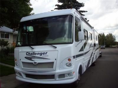 2009 Damon Challenger 38