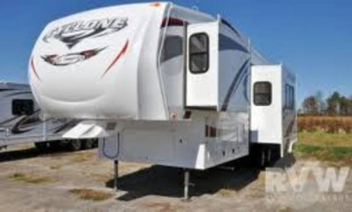2011 Heartland Cyclone Toy Hauler 3010