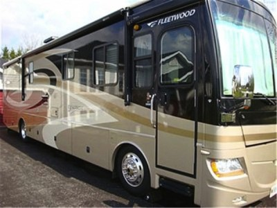 2007 Fleetwood Discovery 39V Diesel