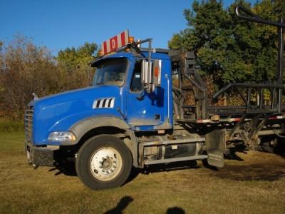 2009 Mack Bale Truck