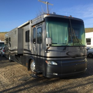 2005 Newmar Kountry Star 3907