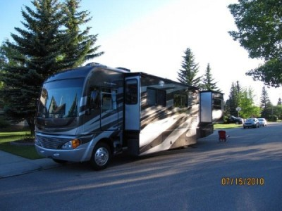 2009 Fleetwood Pace Arrow 38P