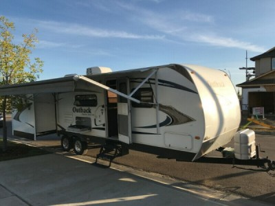 2010 Outback 300BH