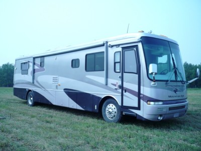 2003 Newmar Mountain Aire 4005