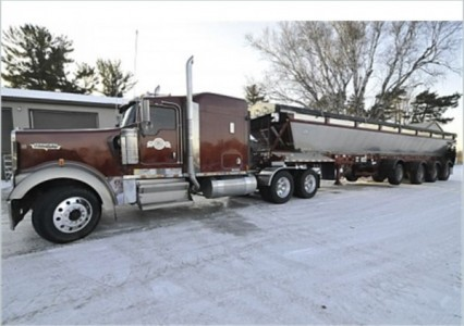 2004 Kenworth W900L Conventional