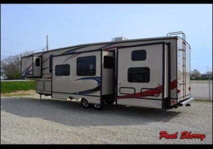 2010 Forest River Blue Ridge 3704BH Cabin Edition