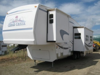 2004 Forest River Cedar Creek 30RK