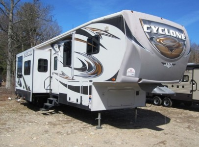 2012 Heartland Cyclone 3800HD Toy Hauler