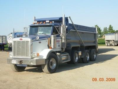 2002 Peterbilt 357 Dump Truck