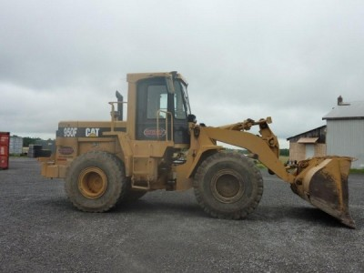 1991 Caterpillar 950 F Loader