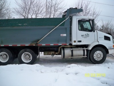 2001 Volvo Dump Truck
